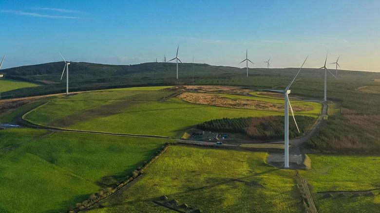 Amazon станет крупнейшим в мире корпоративным покупателем возобновляемой энергии