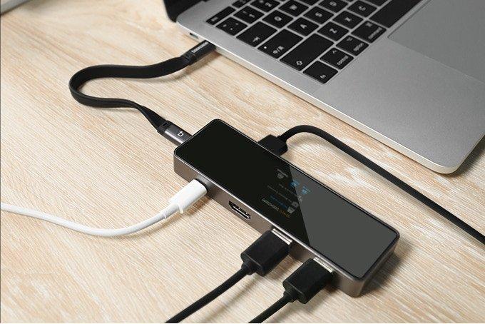 Концентратор Smart Dock для MacBook и iPad оснащен дисплеем