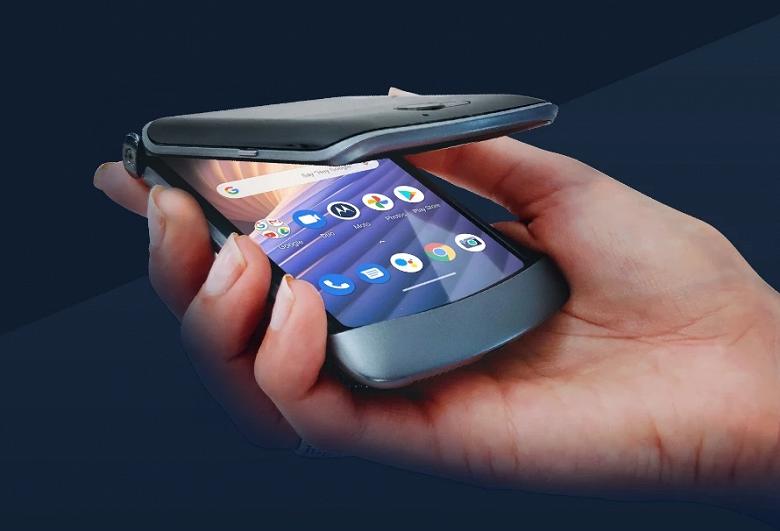 Теперь официально: Раскладушка с гибким экраном Motorola RAZR 5G прибыла в Россию