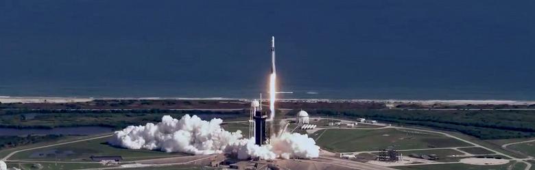 Юбилей Falcon 9. За 10 лет запущено 100 ракет