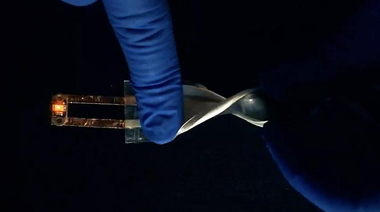 Создана гибкая батарея для смартфонов с плотностью энергии в 10 раз выше, чем у литий-ионных аккумуляторов