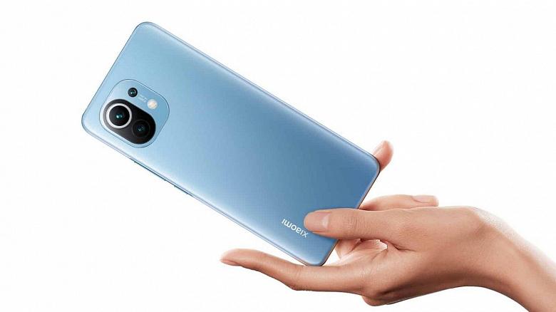 Покупатели Xiaomi Mi 11 в итоге получают зарядное устройство и кабель за 1 цент