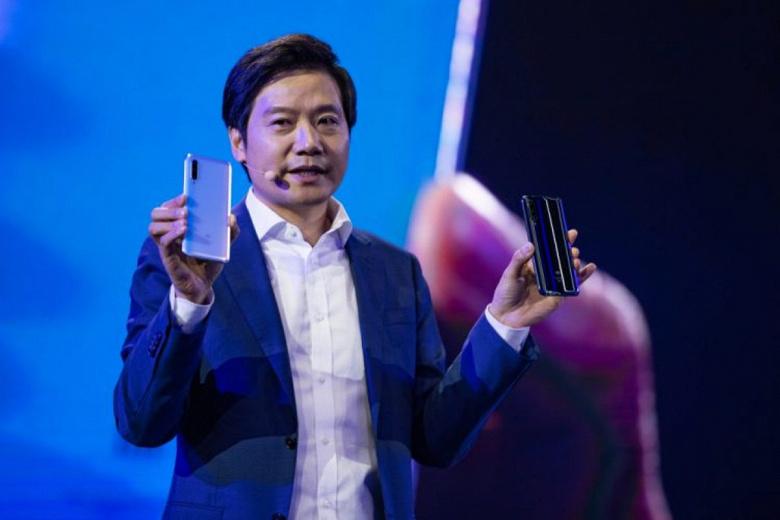 Xiaomi готова примерить корону лидера. Компания уже стоит более 100 млрд долларов и хочет продать 240 млн смартфонов в следующем году