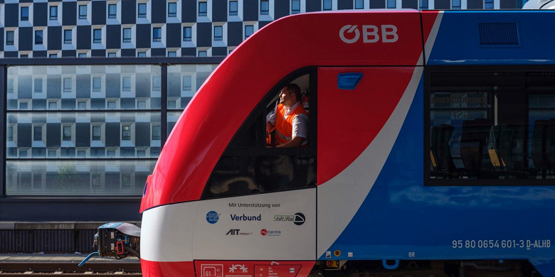 В Австрии одобрена эксплуатация первого в мире поезда на водородных топливных элементах
