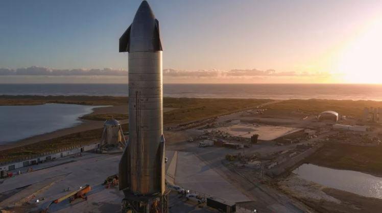 Высотный испытательный полет космического корабля SpaceX Starship SN8 закончился взрывом. Но Илон Маск все равно доволен