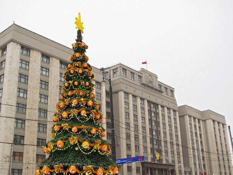 В России смогут забрать у Youtube и Facebook пятую часть годовой выручки в виде штрафа