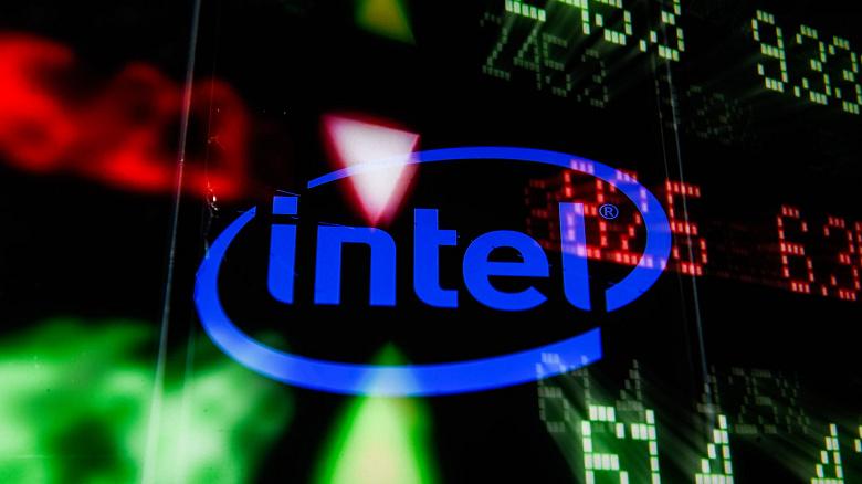 Акции Intel упали в цене после появления слухов о намерении Microsoft перейти на собственные серверные процессоры