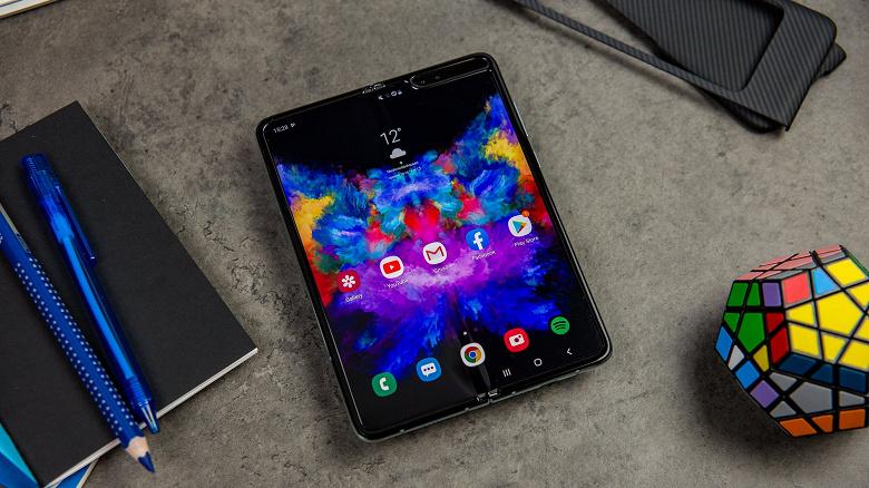Самый дорогой смартфон Samsung наконец-то получил Android 10