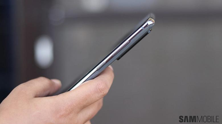 Пользователи флагманских Samsung Galaxy S20, S20+ и S20 Ultra столкнулись с неожиданной проблемой