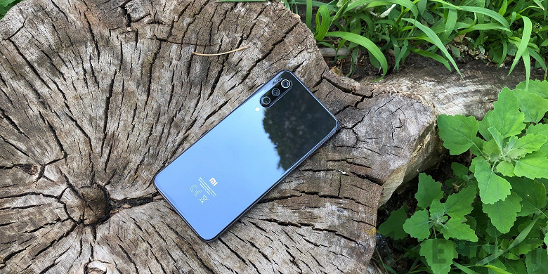 Xiaomi Mi 10 SE восстал из мертвых? Ранее отмененный смартфон уже тестируют в Geekbench