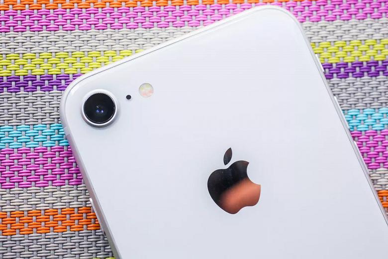 Apple поделилась секретом. Даты анонса и начала продаж антикризисного iPhone 9