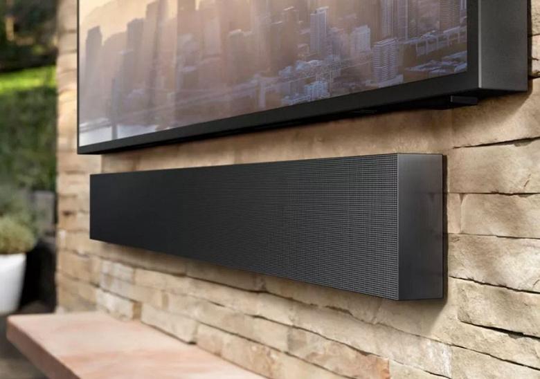 Samsung представила The Terrace – водозащищенный 55-дюймовый телевизор за $3455 для дачи