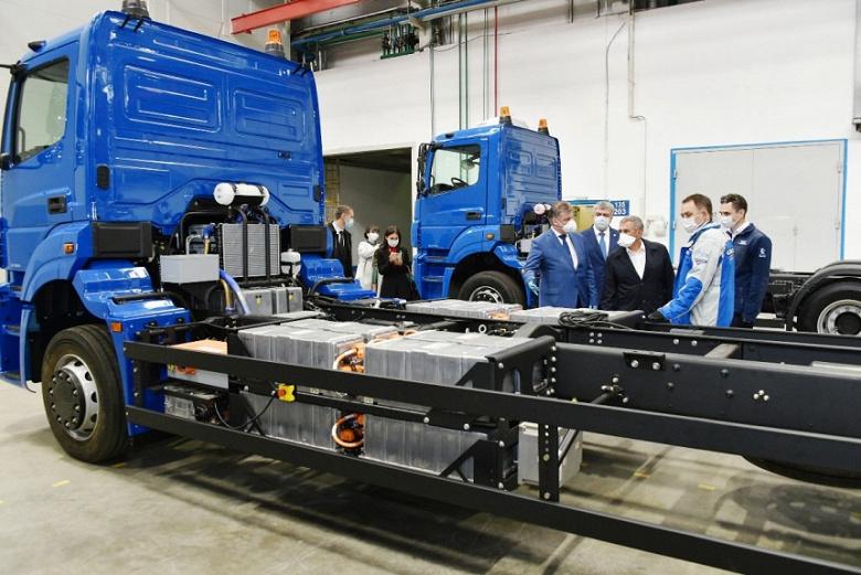 Камаз представил свой первый электрический грузовик Чистогор с частичным автопилотом