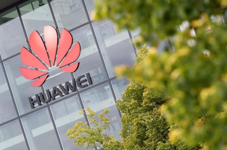 Британским операторам запретили закупать оборудование Huawei для сетей 5G