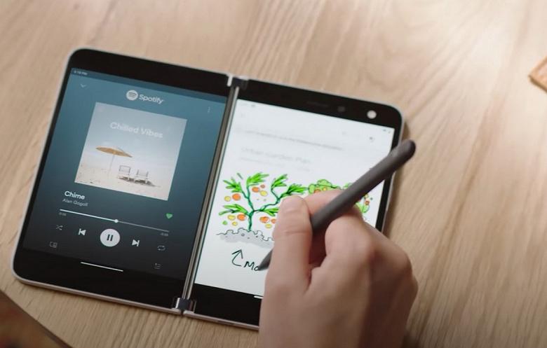 Microsoft полчаса показывает, насколько необычен её 1400-долларовый смартфон Surface Duo