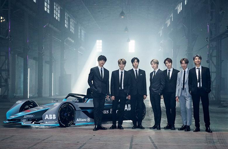 Более 100 млн просмотров на YouTube за сутки. Корейская группа BTS установила новый рекорд платформы