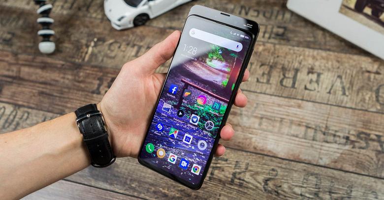 Никакого Xiaomi Mi Mix в этом году не будет
