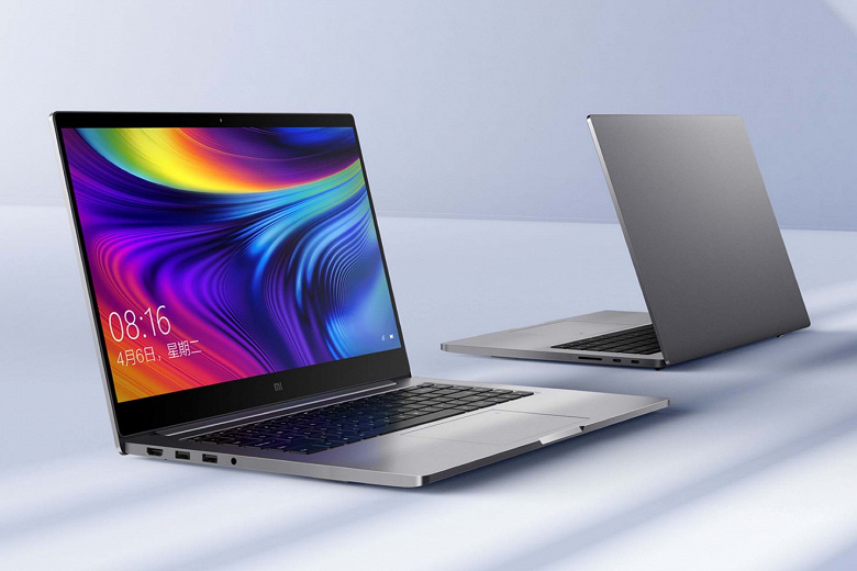 Производители увеличивают выпуск панелей для ноутбуков