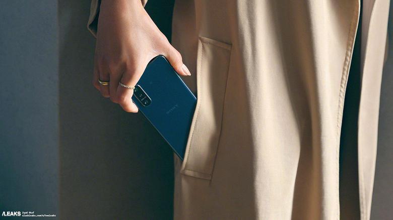 Компактный Sony Xperia 5 II впервые показали вживую