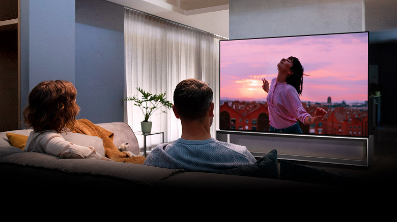 В России представили телевизор за 2,5 млн рублей