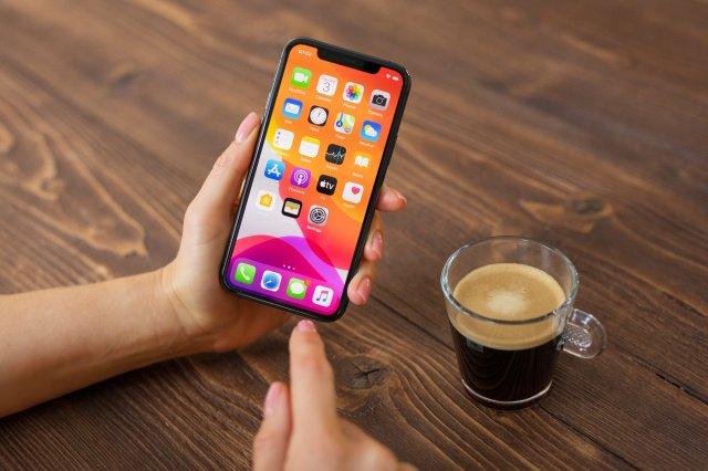 Apple покупает за 100 млн долларов компанию разработка которой может превратить iPhone в платежный терминал