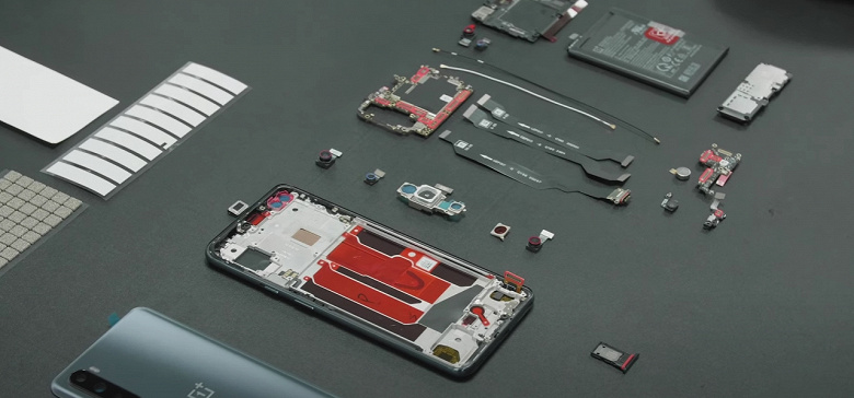 А глава Apple так умеет? Директор OnePlus собрал смартфон Nord собственными руками