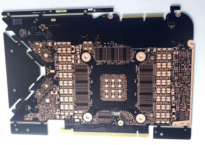 Компактная и необычная печатная плата для монструозной GeForce RTX 3090