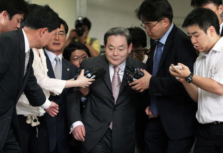 Ушла эпоха. Умер легендарный глава Samsung