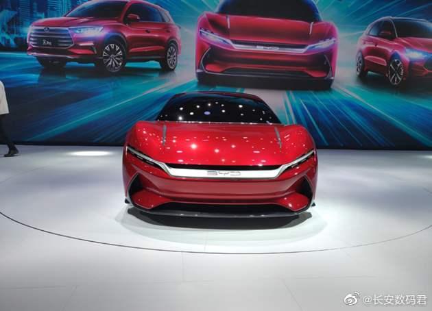 Huawei выпустит экран для автомобилей с альтернативой Android