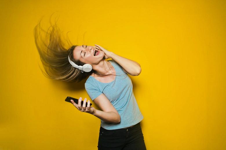 Spotify попал в десятку. Самые популярные музыкальные сервисы в России
