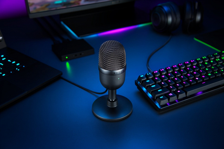 Настольный микрофон Razer Seiren Mini подключается по USB