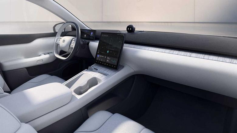 Такого нет даже у Tesla. Представлен 5-метровый полноприводный седан Nio ET7 с запасом хода 1000 км