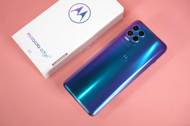 Представлен первый в мире смартфон на Snapdragon 870. Встречаем Motorola Edge S