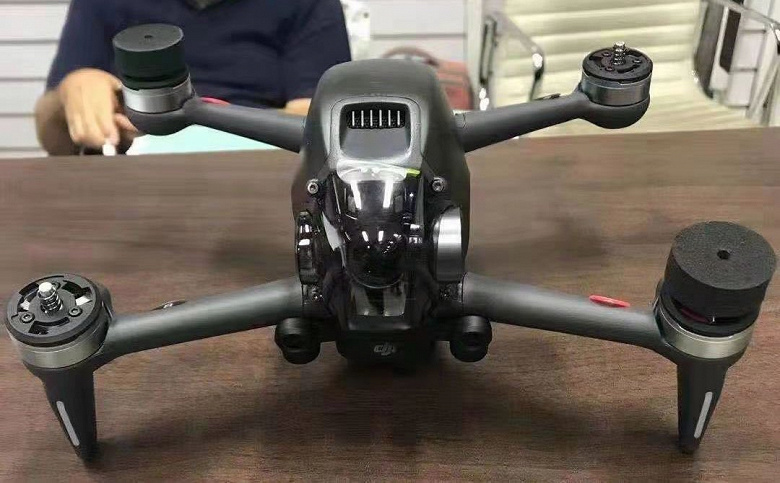 Появились изображения нового дрона DJI FPV