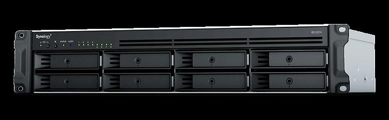 Переход на процессоры AMD позволил многократно повысить производительность компактных стоечных серверов хранения Synology RackStation RS1221+ и RS1221RP+
