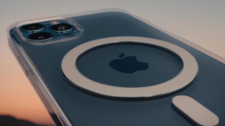 Чёлку iPhone 13 наконец укоротят