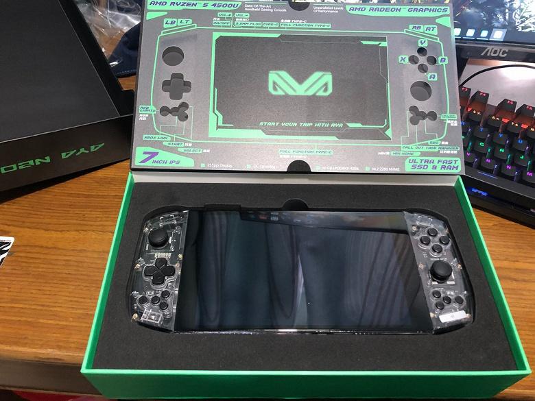 Первые экземпляры карманной консоли Aya Neo, на которой можно играть в Crysis Remastered, уже получены участниками сбора средств