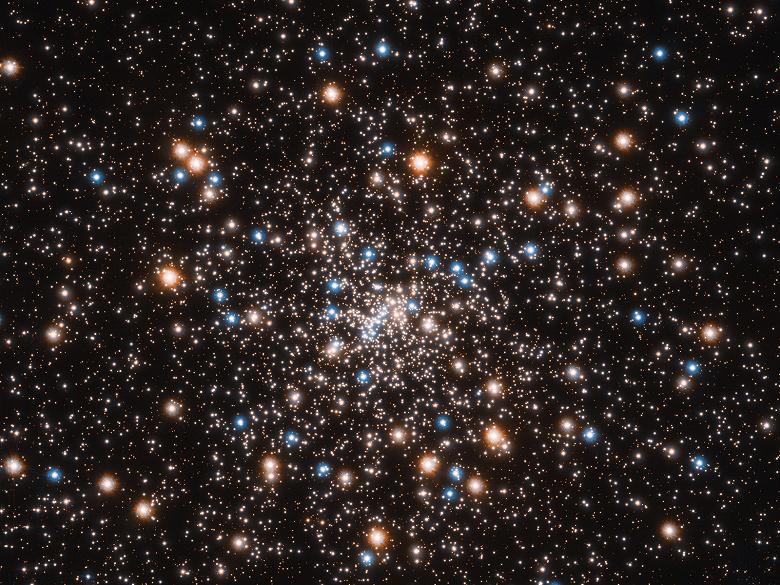 Телескоп «Хаббл» позволил обнаружить скопления маленьких черных дыр
