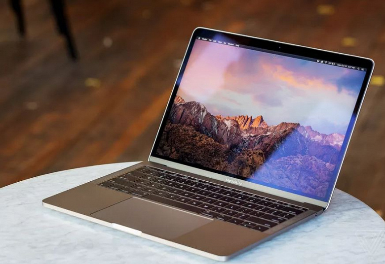 Apple бесплатно заменит аккумуляторы в ноутбуках MacBook Pro 2016 и 2017