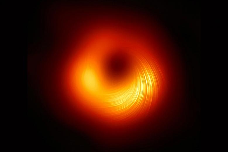 Легендарная фотография чёрной дыры стала чётче и пополнилась деталями