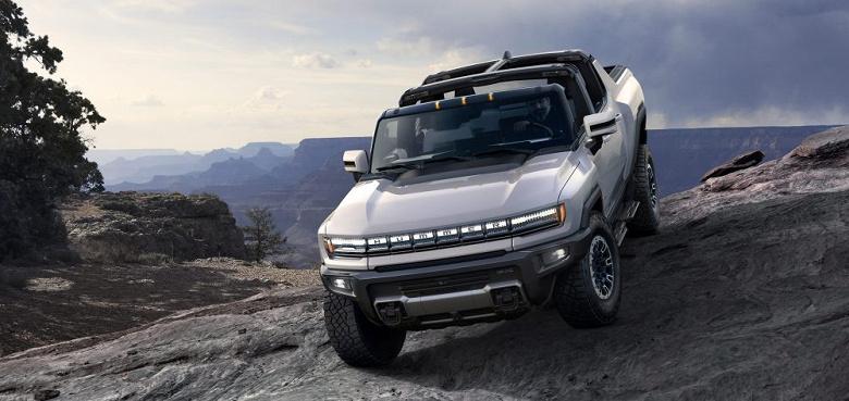 Первый электрический пикап GMC Hummer EV Edition 1 продали за 2,5 миллиона долларов
