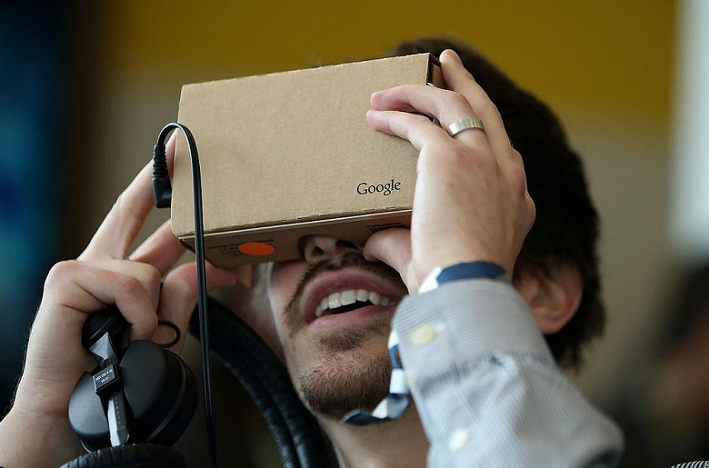 Google похоронила семилетний проект. Продажи гарнитур Cardboard VR прекращены