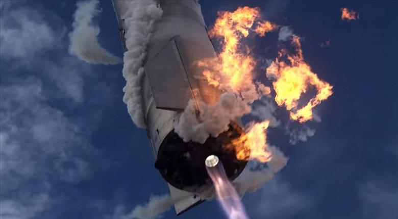 SpaceX опубликовала захватывающее видео с высотным полетом космического корабля Starship SN10. До того, как он взорвался