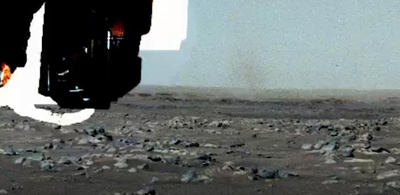 Марсоход Perseverance заснял первого «пылевого дьявола»