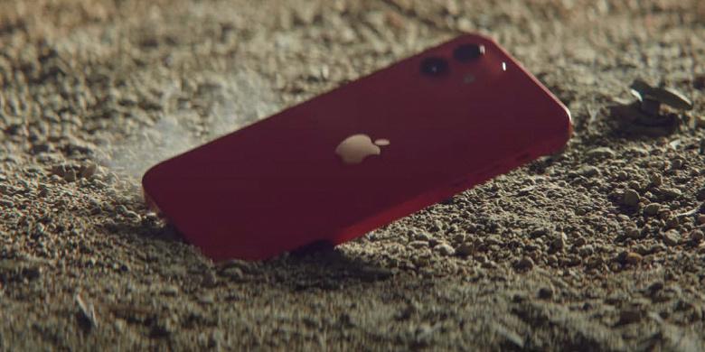 Apple пытается выдать iPhone 12 за неубиваемый смартфон