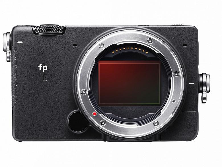 Вышло первое обновление прошивки для камеры Sigma fp L