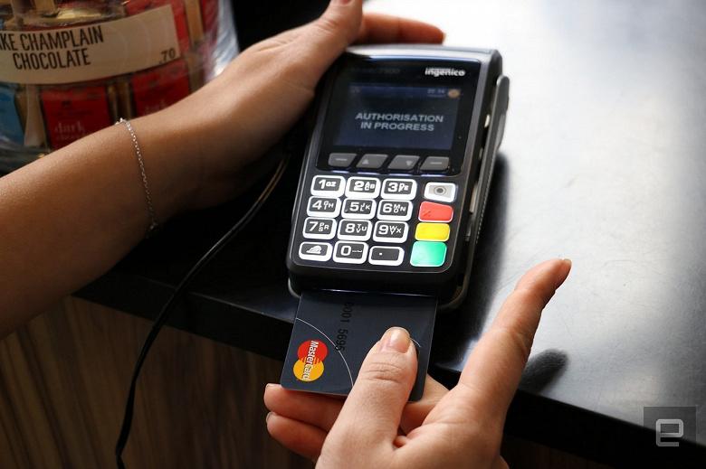 Samsung поможет Mastercard внедрить сканеры отпечатков пальцев в банковские карты
