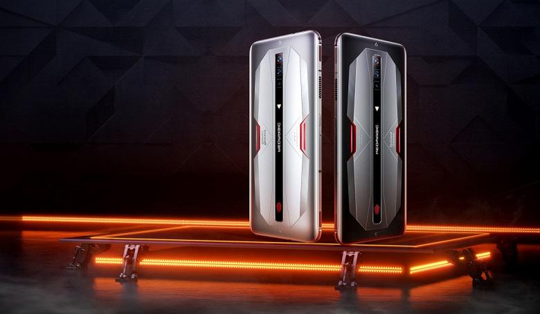 165 Гц, 18 ГБ, Snapdragon 888 и 120 Вт: в продажу поступил флагманский смартфон Red Magic 6 Pro