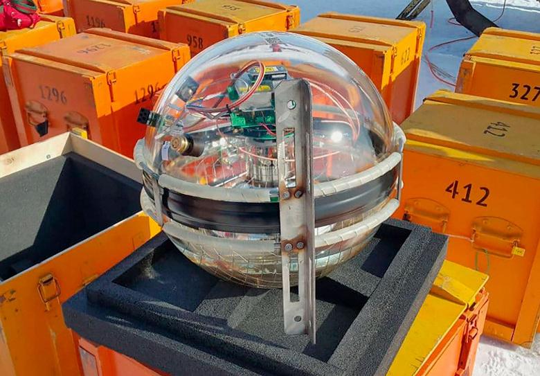 На Байкале заработал крупнейший в Северном полушарии нейтринный телескоп