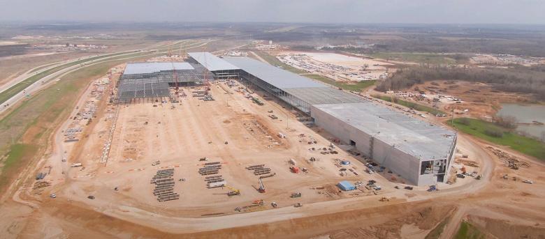 Видео дня: строительство гигафабрики Tesla в Техасе